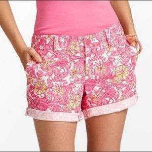 Lilly Pulitzer Grace shorts size 6 in Chum Bucket